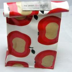 Oilcloth Lunch Bag - Apple Of My Eye